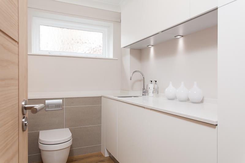 4 Bedroom Detached House For Sale In Prestbury Lane