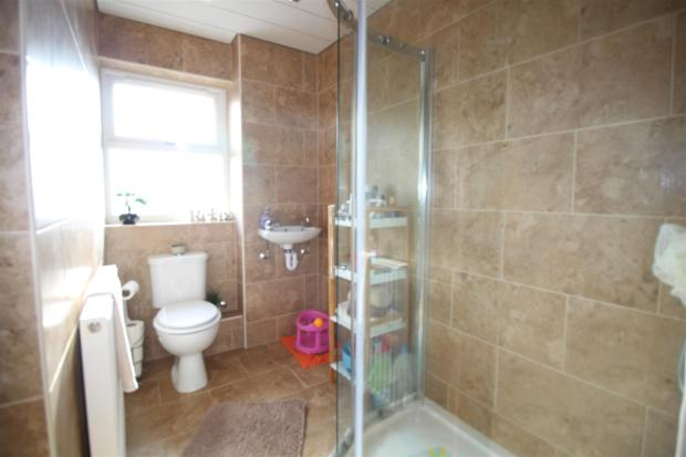brown close bathroom