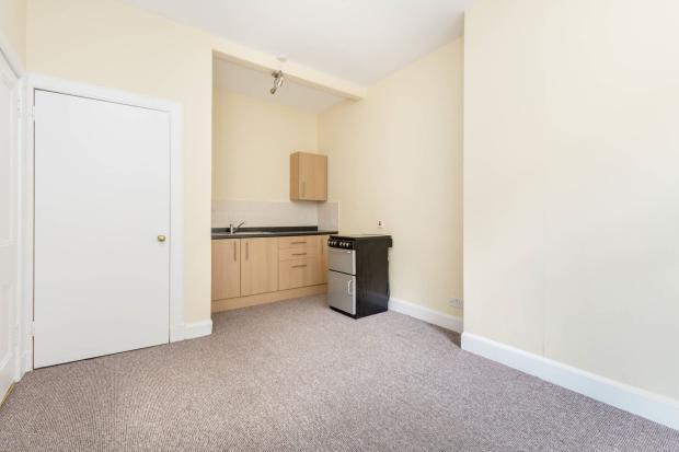 sitting room kitchen