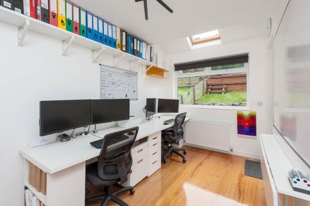 Office/family room/b
