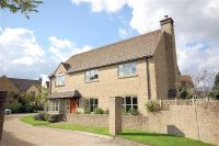 Detached home in 5, Rushcroft Close, Lea...