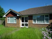 2 bed Semi-Detached Bungalow for sale in Mill Drive, Seaford...