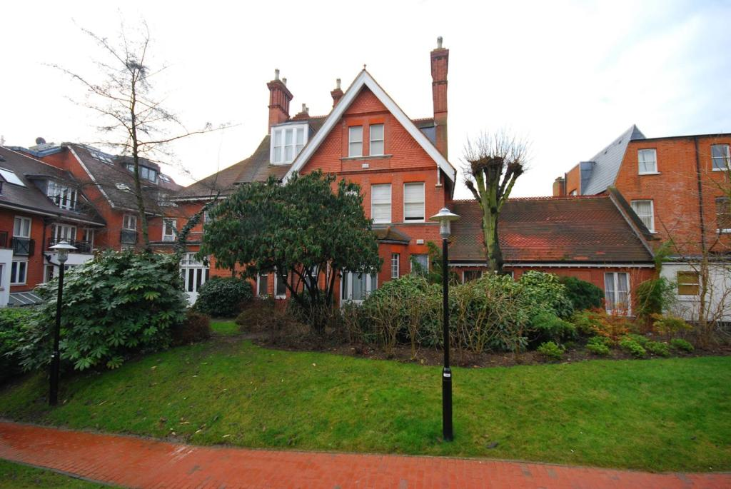 2 Bedroom Flat To Rent In Finchley Road Hampstead Nw3 Nw3