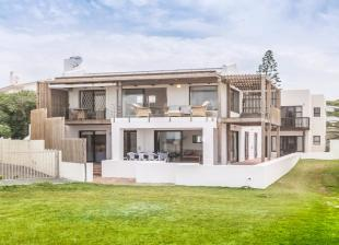 6 bed house for sale in Bredasdorp, Western Cape