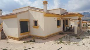 Villa for sale in Hondon De Las Nieves...