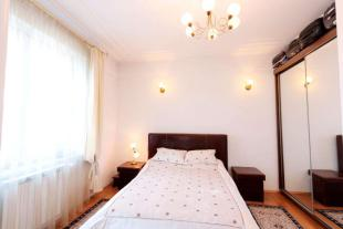 8 bedroom Villa for sale in Piata Victoriei...