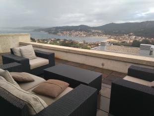 4 bedroom Chalet in Cangas, Pontevedra...