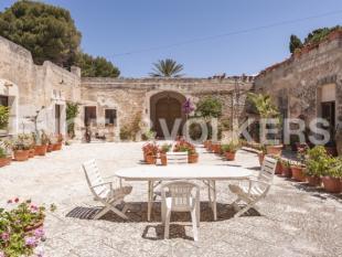 Villa for sale in Trapani, Trapani, Sicily