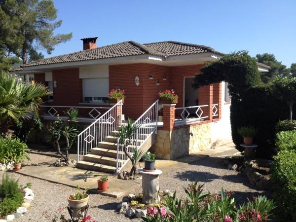 Detached home for sale in Begues, Barcelona...