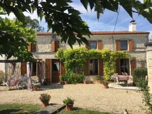 property for sale in Poitou-Charentes, Charente-Maritime, Bercloux