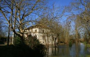 property for sale in Poitou-Charentes, Charente-Maritime, St-Sever-de-Saintonge