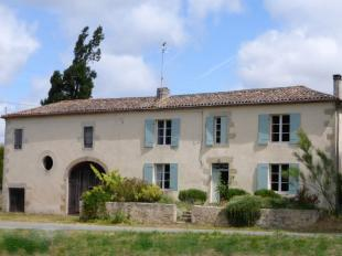 3 bed property in Aquitaine, Gironde...