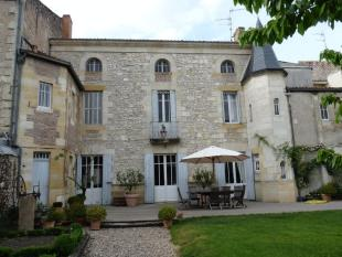 6 bed house in Aquitaine, Gironde...