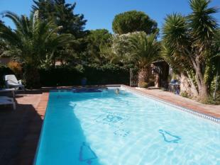 10 bedroom property for sale in Languedoc-Roussillon...