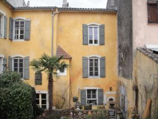 8 bedroom home for sale in Languedoc-Roussillon...