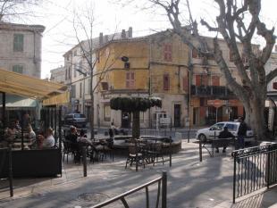 property for sale in Provence-Alps-Cote d`Azur, Bouches-du-Rhône, Istres