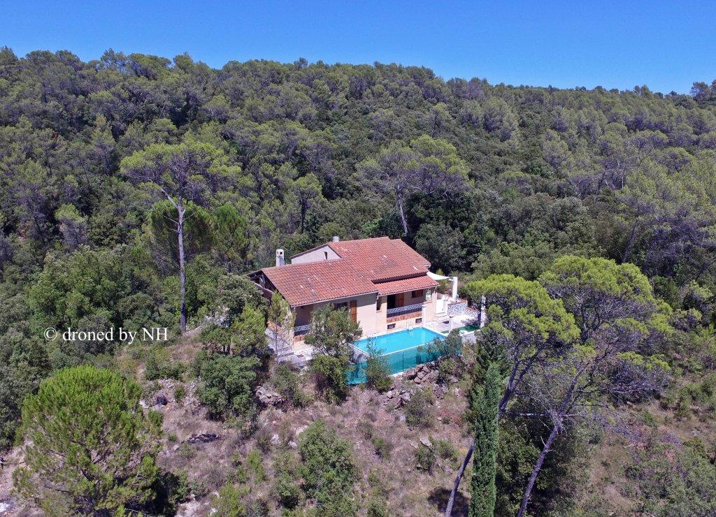 5 bed home in Provence-Alps-Cote...