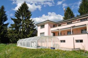 10 bed property in Switzerland