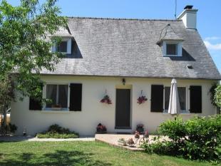 3 bedroom Detached property for sale in St-Gilles-du-Mené...