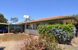 4 bed home in Queensland, Greenvale