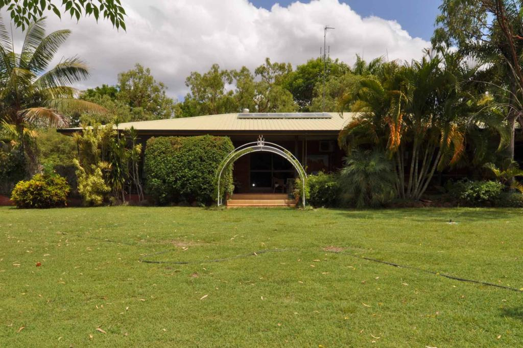 house for sale in Queensland...