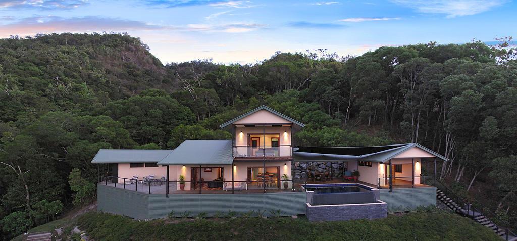 5 bedroom home for sale in Queensland, Port Douglas