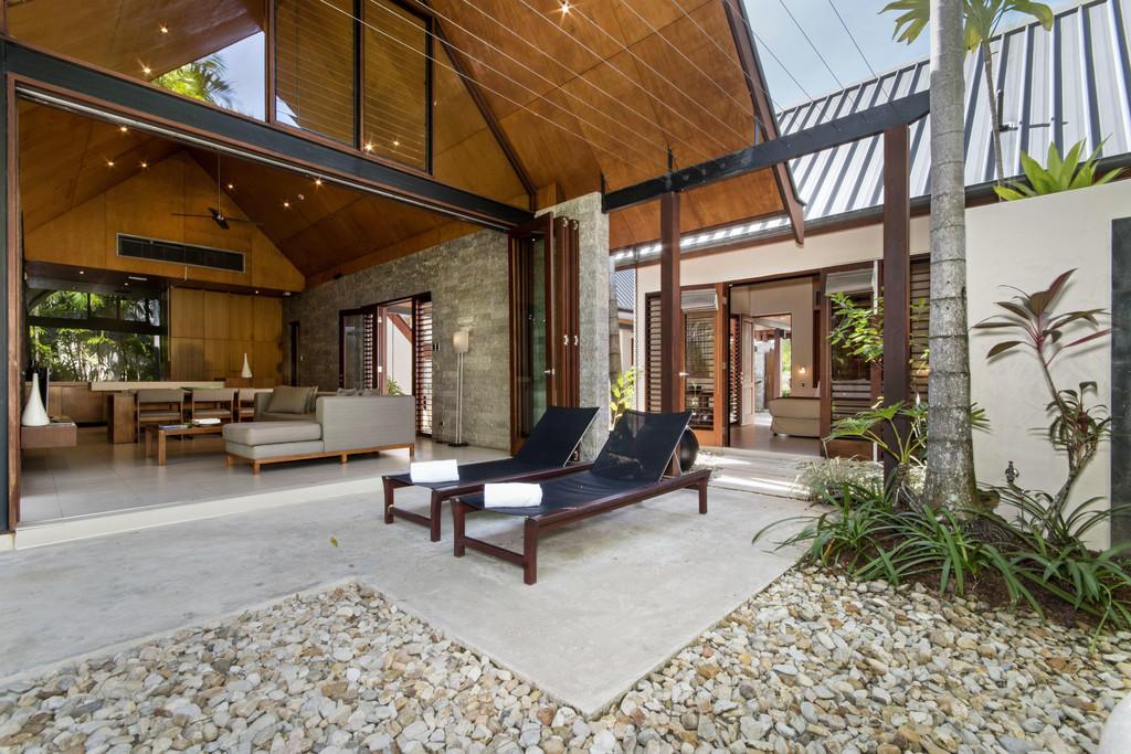 Flat for sale in Queensland, Port Douglas
