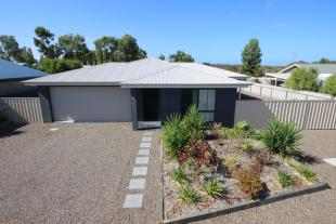 4 bed property for sale in South Australia...