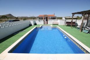 Villa in Villena, Alicante, Spain