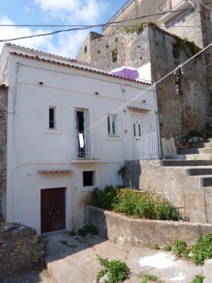 Town House in Santa Domenica Talao...