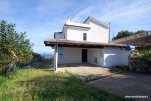 5 bed home for sale in Zambrone, Vibo Valentia...
