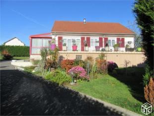 property in Varennes-sur-Allier...
