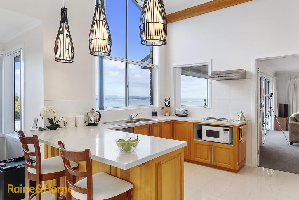 3 bedroom house for sale in Tasmania, Blackmans Bay