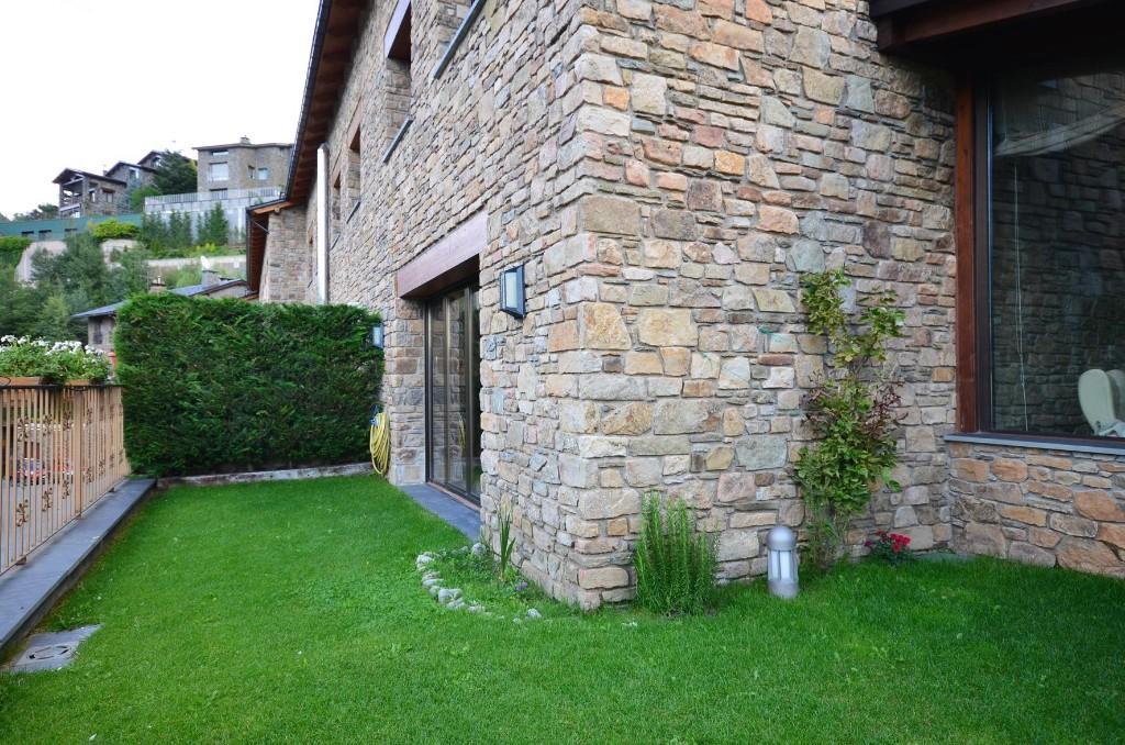4 bedroom Detached property in Les Escaldes