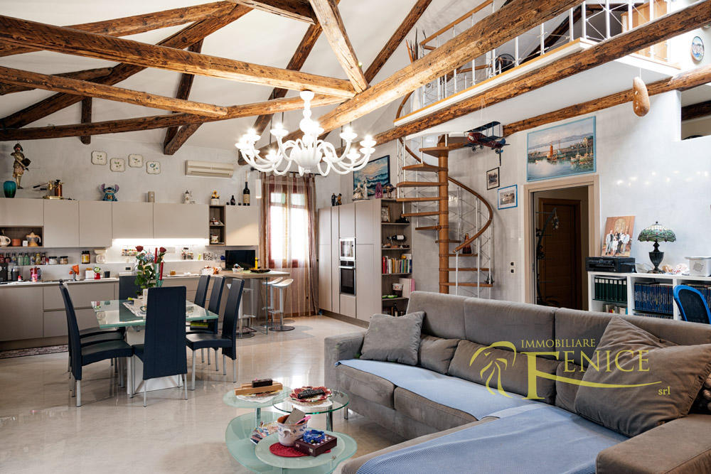 Penthouse for sale in Venezia, Venice, Veneto