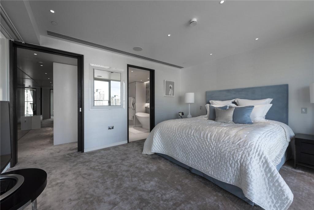 The Heron,Master Bedroom