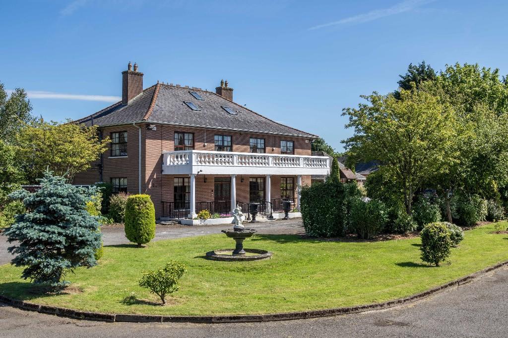 7 bedroom Detached home in Dunboyne, Meath