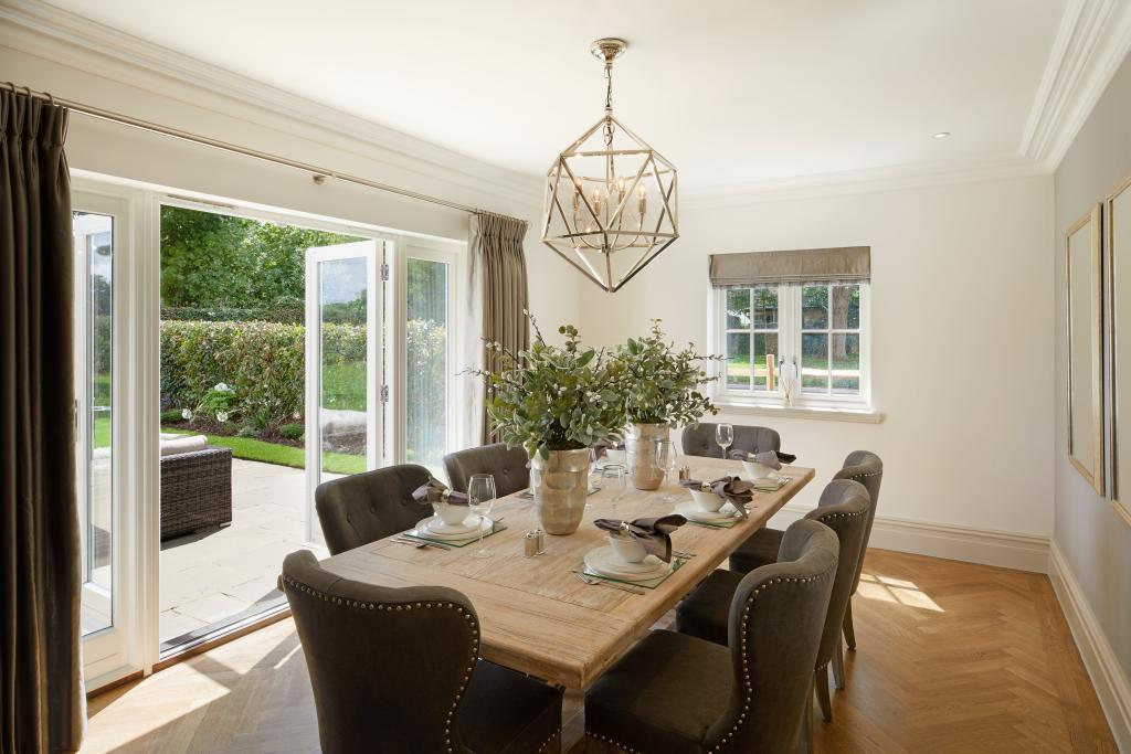 Newcourt Residential,Dining room