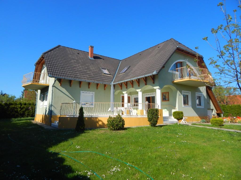 Detached property for sale in Gyenesdiás, Zala