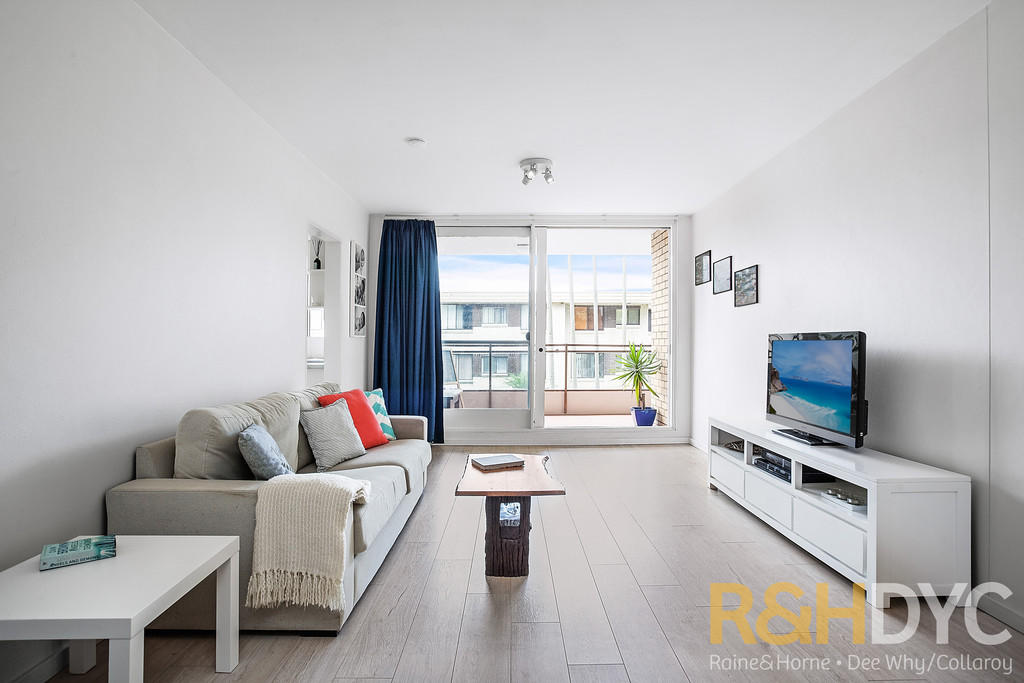 Flat for sale in New South Wales, Sydney...