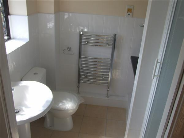 Master Bedroom Ensuite Shower
