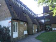Apartment in Griffin Close...