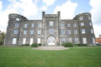 2 bed Flat in Bretby Hall...