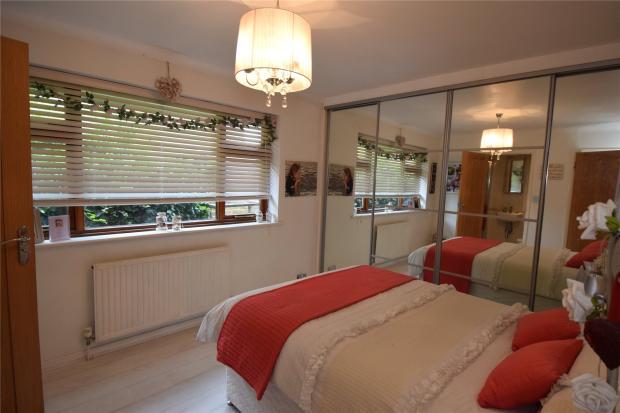 Gflr Bedroom