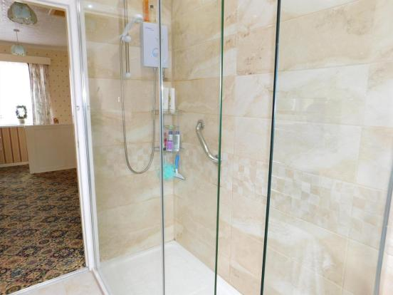 Modern Shower Suite