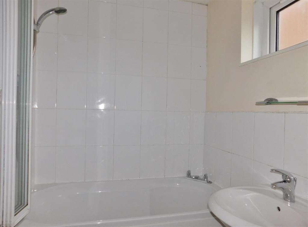Bathroom P2