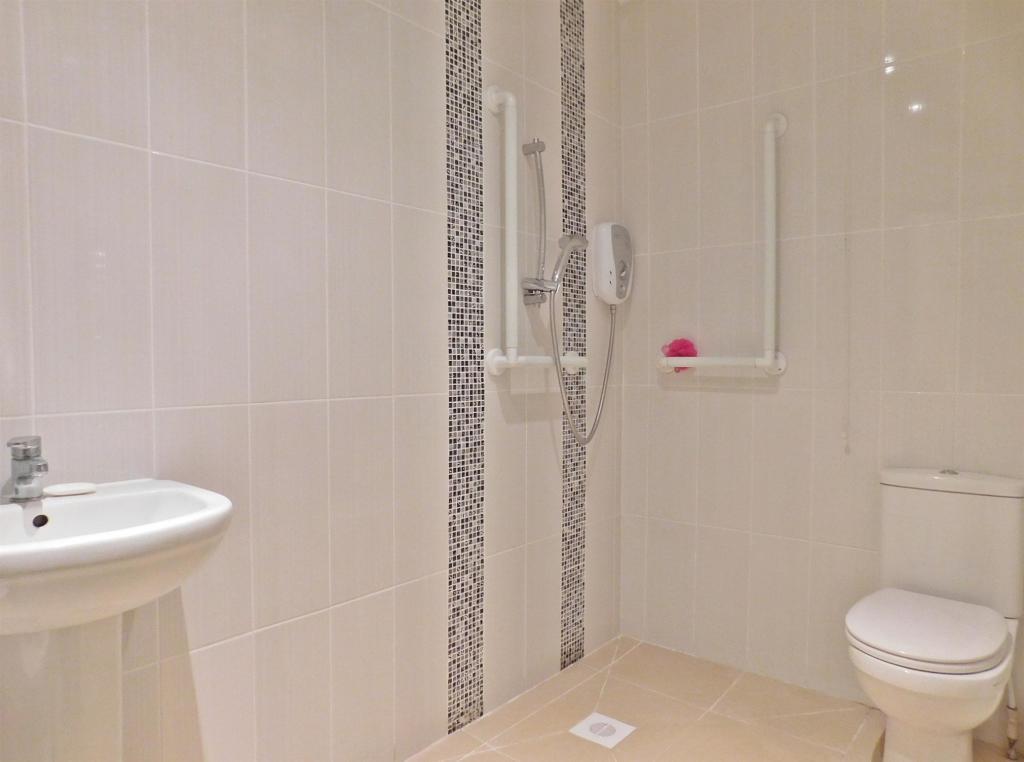 Bathroom/ShowRoom
