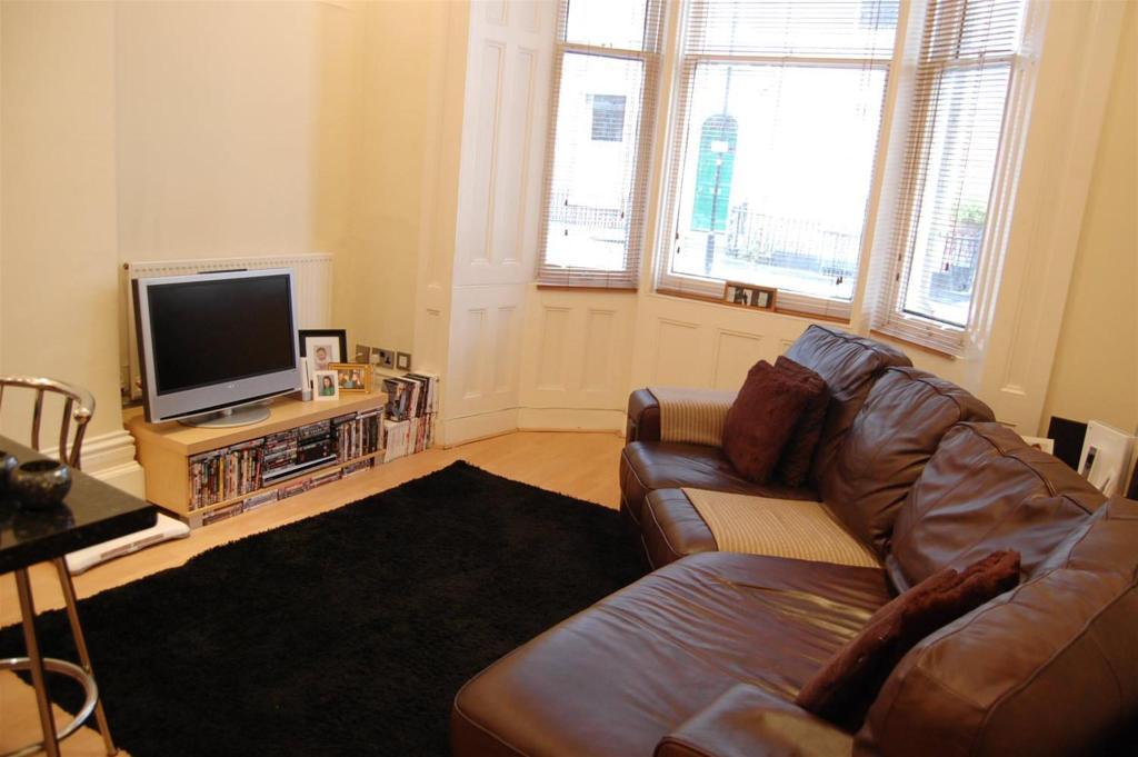 Flat Lounge