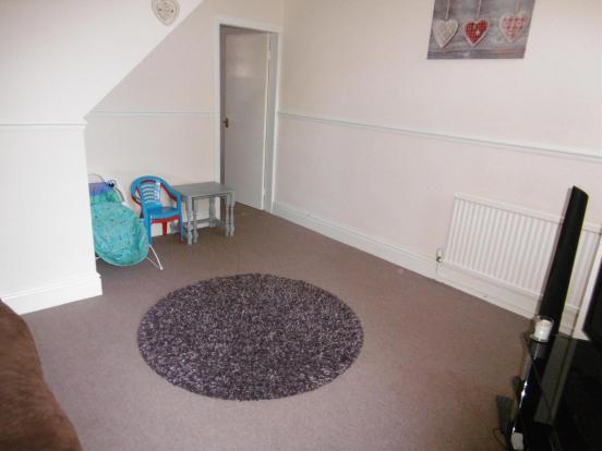 Lounge Area (2)