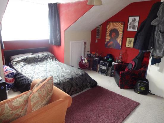 bedroom3 (2)
